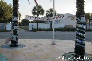 Vilano Beach - Dressing of the Palms - 2- VilanoDayByDay